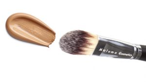 maquillaje crema con color